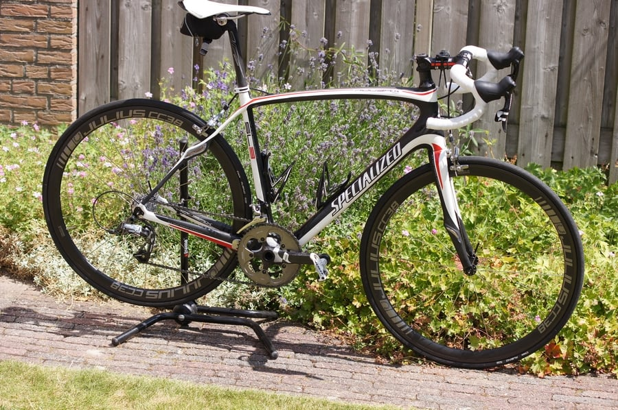 Julius Cycling CC38 Op de Specialized Roubaix SL3
